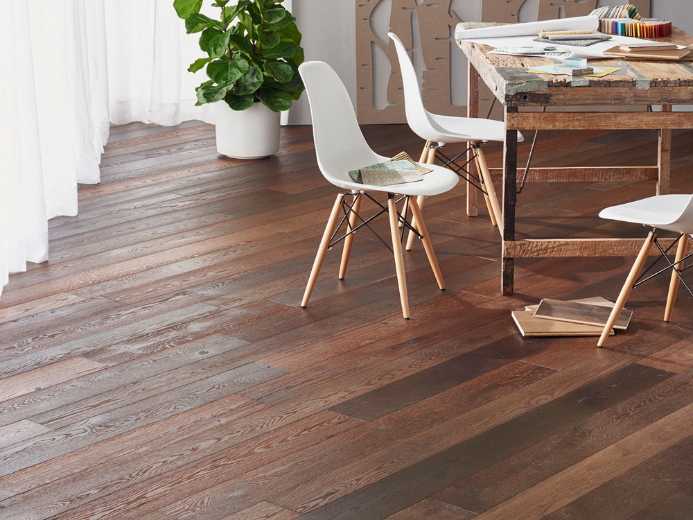 L Kae antique Oak